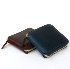 画像2: LEATHER GARRISON ROUND ZIP SHORT WALLET NAVY コードバン (2)
