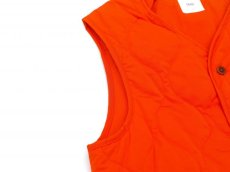 画像4: ts(s) Lightweight High Count Polyester*Cotton Poplin Cloth Quilted Liner Vest ORANGE (4)